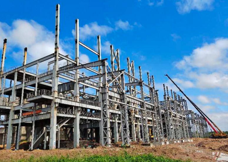 临沂亿晨1-4#热电炉主车间技术升级改造工程上梁